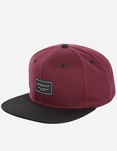 iriedaily - Daily Club Snapback red wine